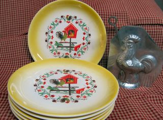Rooster Plates